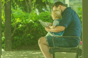 Jak mówić do dziecka? Normalnie